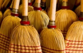 Sensational Business Habits: SWEEPING Is A Simple Way To Improve The Customer Experience